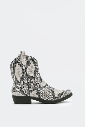 Nasty Gal Womens Your West Bet Snake Boot - Natural