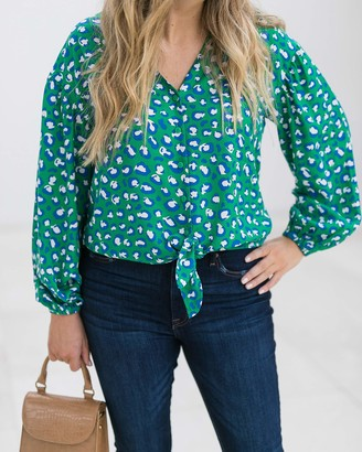 The Drop Women's Emerald Animal Print V-Neck Tie-Front Button-Down Shirt by @graceatwood XL