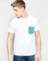 Lyle & Scott T-shirt With Contrast Pocket In White