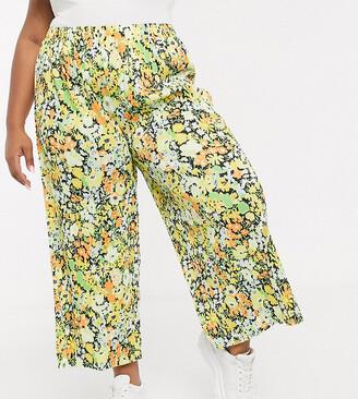 Asos DESIGN Curve plisse culotte trouser in bright floral print