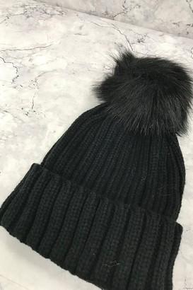 Black Pom-Pom Beanie Hat