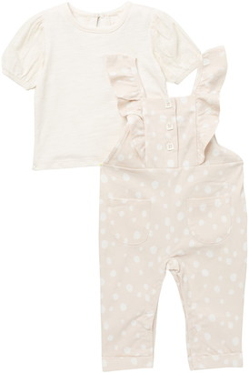 Jessica Simpson T-Shirt & Patterned Overalls