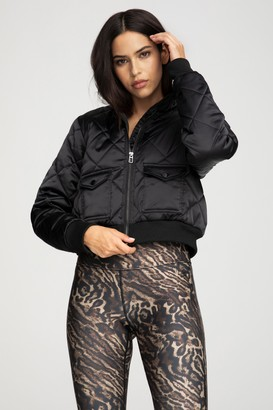 Good American Quilted Puffer   Black001
