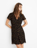 Madewell Petite Silk Button-Front Swing Dress in Feline Floral