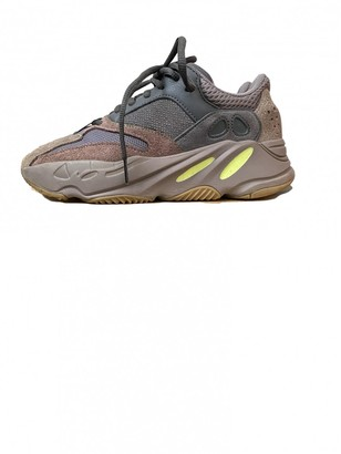Yeezy X Adidas Boost 700 V2 Grey Leather Trainers