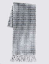 Marks and Spencer Pure Wool Dogs Tooth Lambswool Scarf