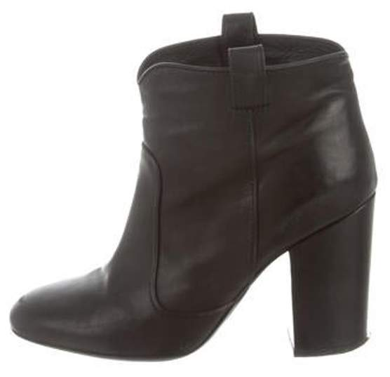 Laurence Dacade Round-Toe Ankle Boots Black Round-Toe Ankle Boots