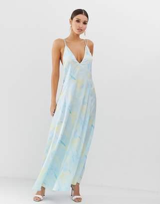 Asos Design DESIGN trapeze maxi dress in satin marble print-Multi