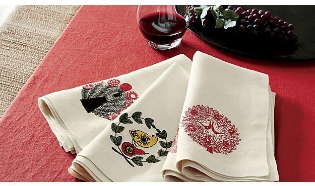 """Helena Cherry Linen 60""""x90"""" Tablecloth"""