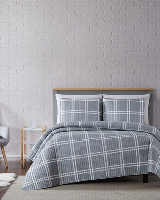 Truly Soft Leon Plaid Grey Quilt Set