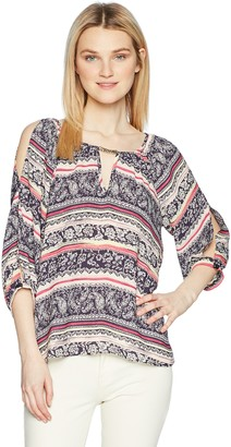 Amy Byer A. Byer Junior's Young Women's Teen 3/4 Split Sleeve Top with Keyhole Neck