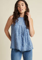 7721t Brunch seems all the more blissful and cocktails more charming when enjoyed in this cornflower tank top! Why? Well, the high neckline, pleated bust, and lovely lace overlay of this feminine separate - trimmed with circular crocheting - introduce added del