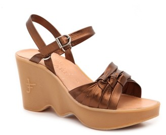 Famolare Fast Times Wedge Sandal