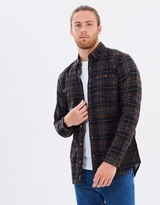 Rusty Throwback Flannel Long-Sleeved Shirt