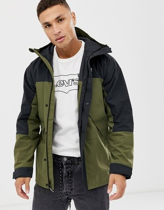 Levi's small batwing logo lightweight sport colourblock parka in olive night