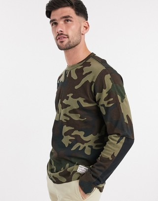 Levi's mighty made long sleeve t-shirt in camo