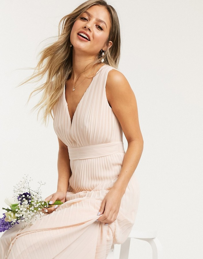 TFNC bridesmaid pleated sleeveless maxi dress in ecru