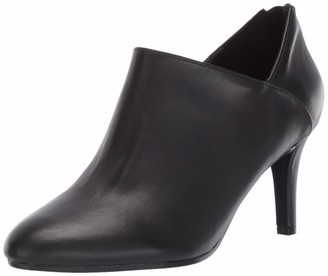 Bandolino Footwear Women's Dawn Ankle Boot