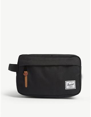Herschel Chapter wash bag