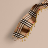 Burberry The Classic Cashmere Scarf in Check with tassels
