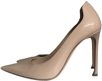 Christian Dior D-Moi Beige Patent leather Heels