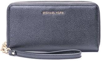 Michael Kors Jet Set Top Handle Bag