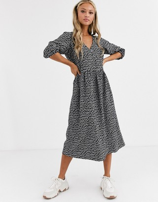 Asos Design DESIGN mono floral jacquard wrap smock dress
