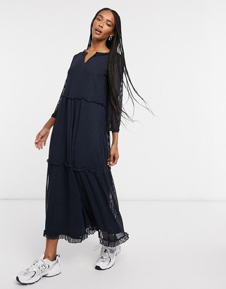 Only long sleeved maxi dress in black