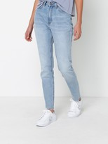 Lee Soho High Tapered Jeans