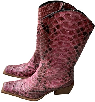 N. Non Signé / Unsigned Non Signe / Unsigned \N Pink Python Boots