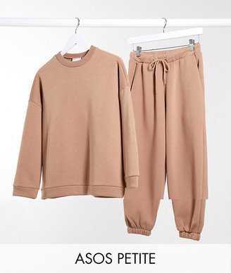 ASOS DESIGN Petite tracksuit oversized sweat / oversized jogger in caramel