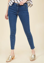 Rolla's Denim Done Right Jeans in Mid Wash in 24