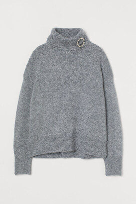 H&M Turtleneck Sweater with Brooch - Gray