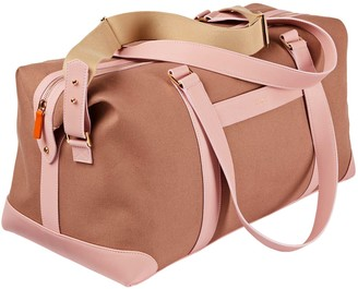 Stow The Weekender