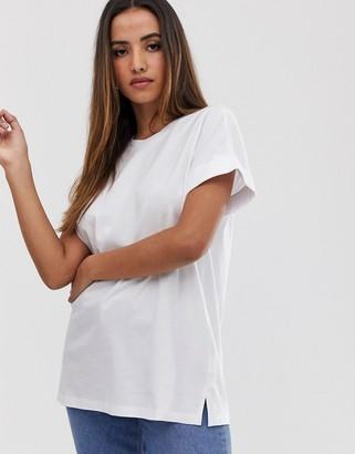 Asos Design DESIGN oversized boyfriend t-shirt with roll sleeve in white