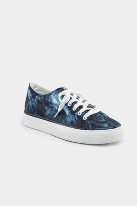 Restricted Velma Tie Dye Sneaker - Navy