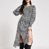 River Island Black printed shirred long sleeve midi dress