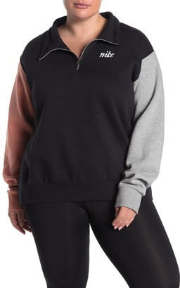 Nike Coloblocked Sweatshirt (Plus Size)