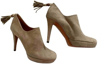 Gucci Beige Suede Ankle boots