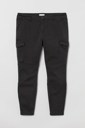 H&M H&M+ Slim Fit Cargo Pants
