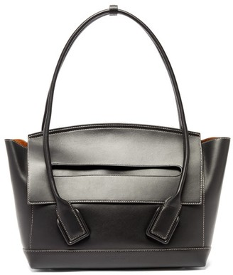 Bottega Veneta The Arco Medium Leather Bag - Black