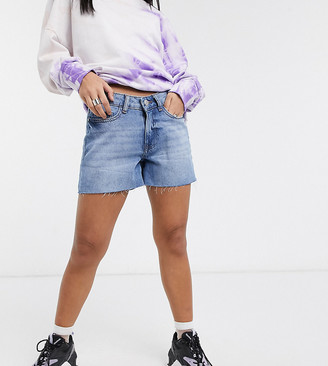 Noisy May Petite raw edge denim shorts in blue