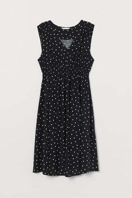 H&M MAMA Smock-detail Dress