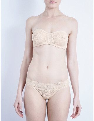 Wacoal Halo stretch-lace strapless bra