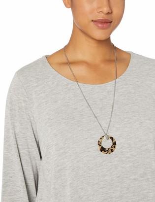 Amy Byer Women's Plus Size 3/4 Sleeve Scoop Neck Top