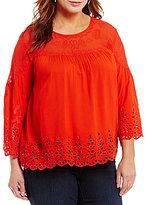 Jessica Simpson Plus Kalpso 3/4 Sleeve Crochet Detailed Top