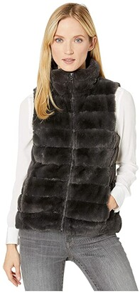 True Grit Dylan by Faux-Fur Love Vest with Matching Lining (Vintage Black) Women's Clothing