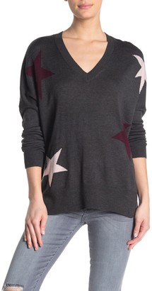 KUT from the Kloth Polly V-Neck Star Print High/Low Sweater