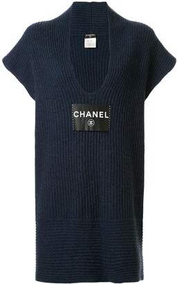 Chanel Pre Owned logo patch knitted dress