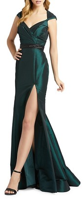 Mac Duggal Queen Anne Trumpet Gown